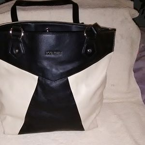 Cute Nine West shopping bag purse